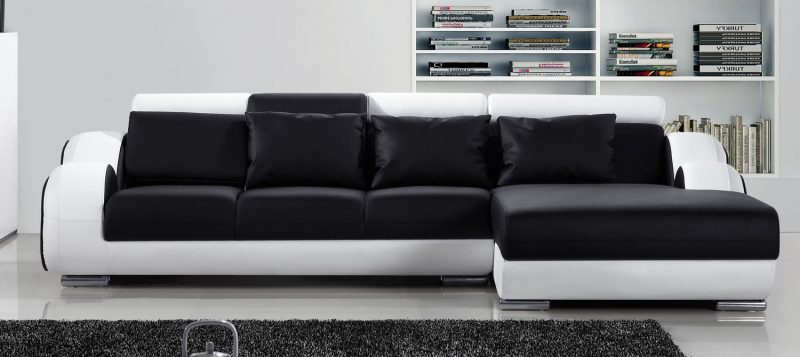 Fancy Homes Ruota-B chaise leather sofa in black and white leather