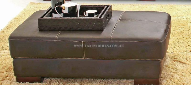 The ottoman of Fancy Homes Arthur corner leather sofa can be used as coffee table