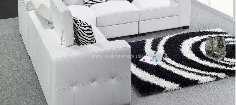 The sides of Fancy Homes Fiori corner leather sofa