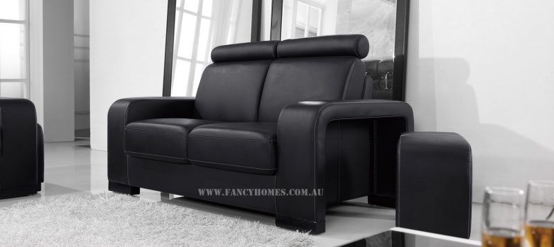 The armrests of Fancy Homes Gemma lounges suites leather sofa