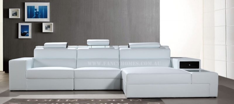 Fancy Homes Jolanda chaise leather sofa in white and black leather