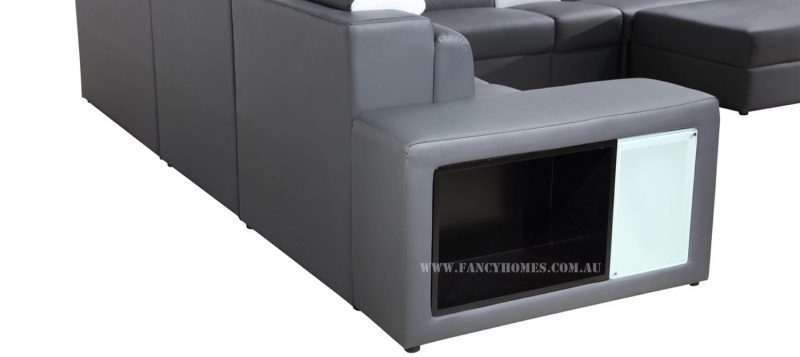 The back of Fancy Homes Jolanda-B modular leather sofa