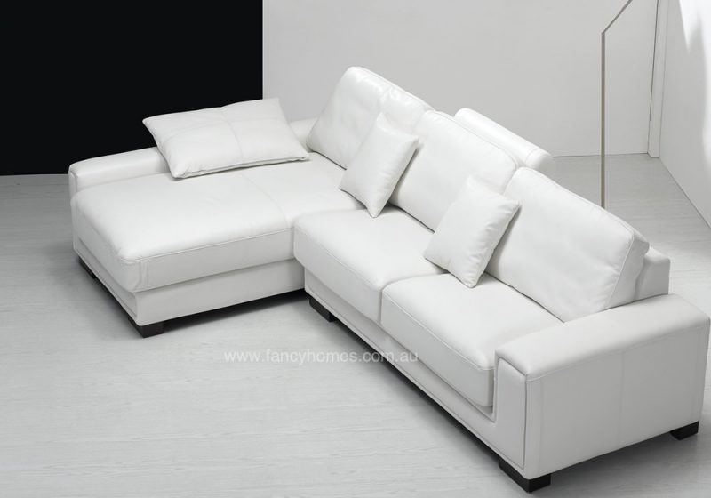 Fancy Homes Andiamo chaise leather sofa in white leather