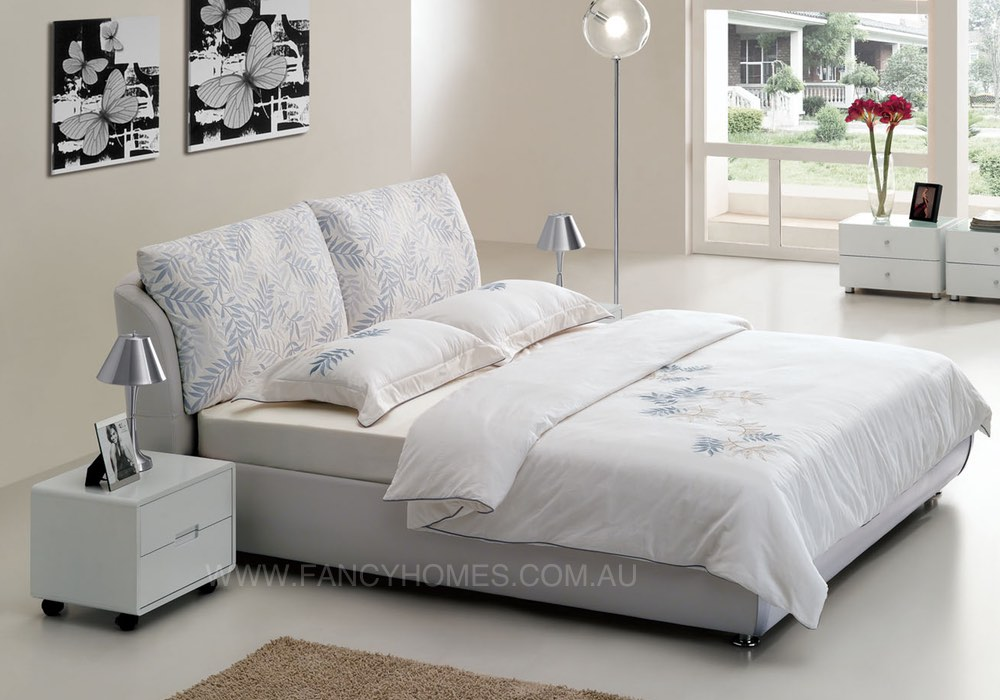 Fabric Bed in white