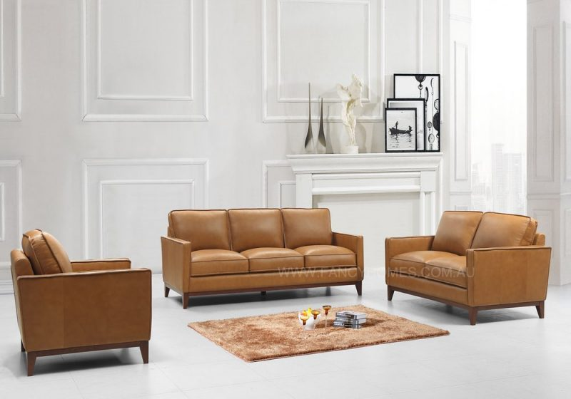 LEATHER SOFA IN TAN COLOUR