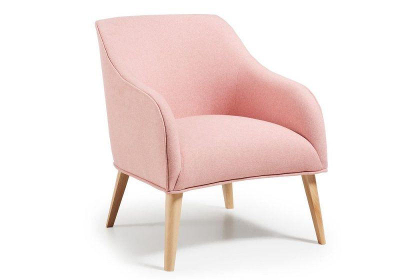 ARMCHAIR IN PINK